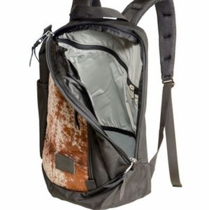 Mystery Ranch Moo Day Pack Backpack 23 L Black New